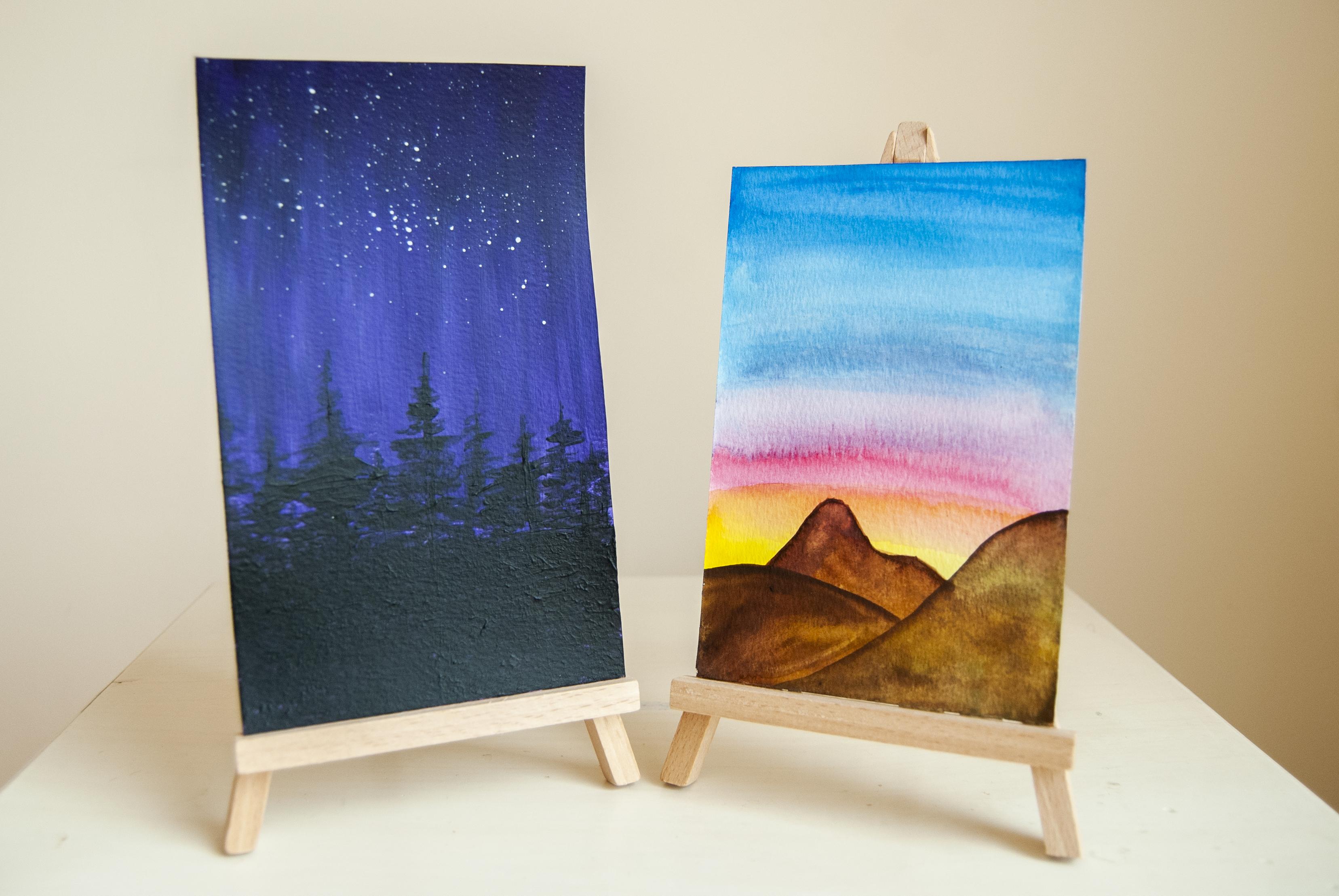 obrazki namalowane farbami akrylowymi i akwarelowymi od Creadu