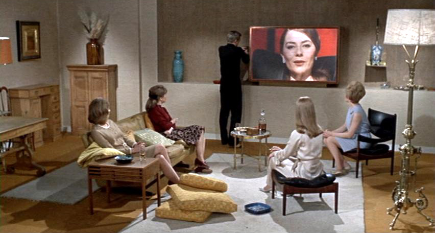 "Kadr z filmu ""451 stopni Fahrenheita"" (1966)"